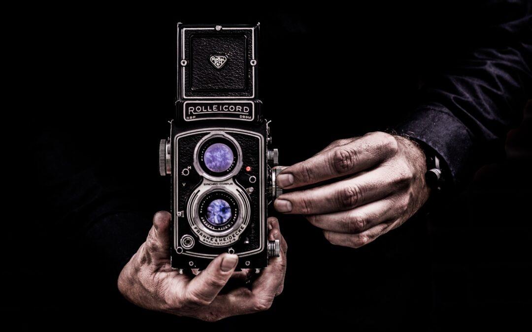La comunicación fotografía como medio de expresiónLa comunicación llega a su máximo esplendor cuando hila imagen y texto