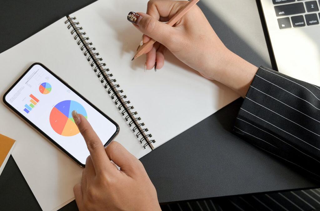 Cómo construir tu plan de social media para RRSSTe ayudamos a planificar tu estrategia de marketing digital